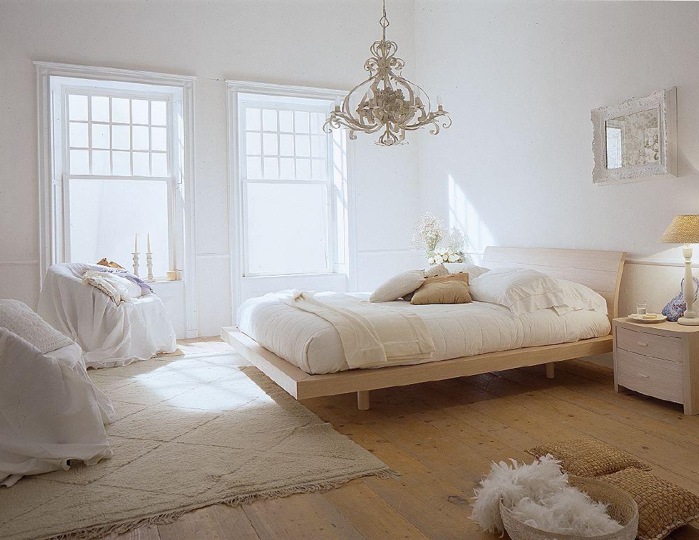 белый цвет интерьера в спальне