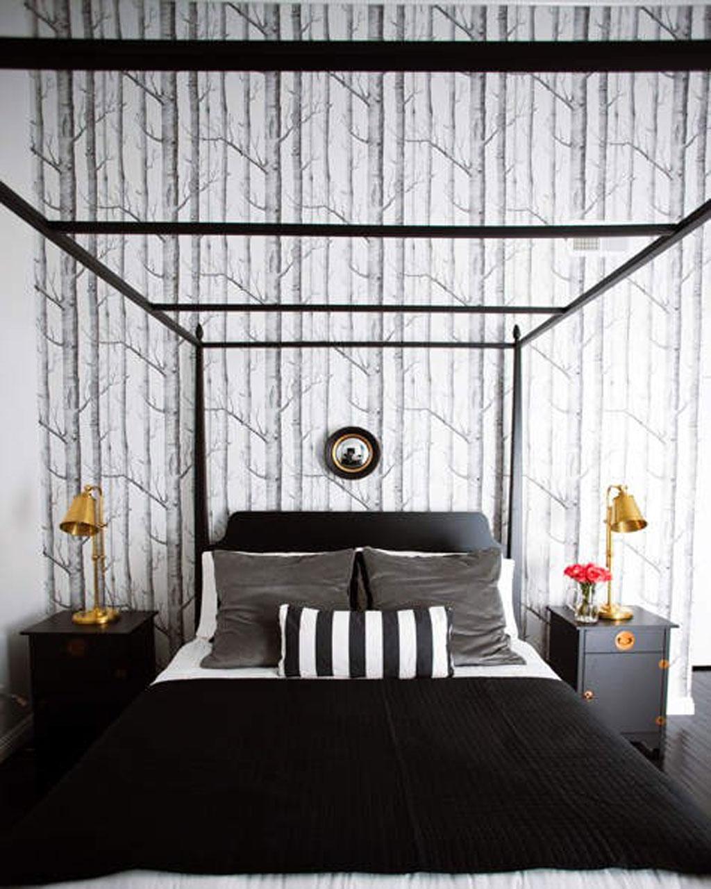 черная спальная комната