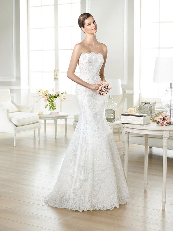 Пышные платья со шлейфом не свадебные
