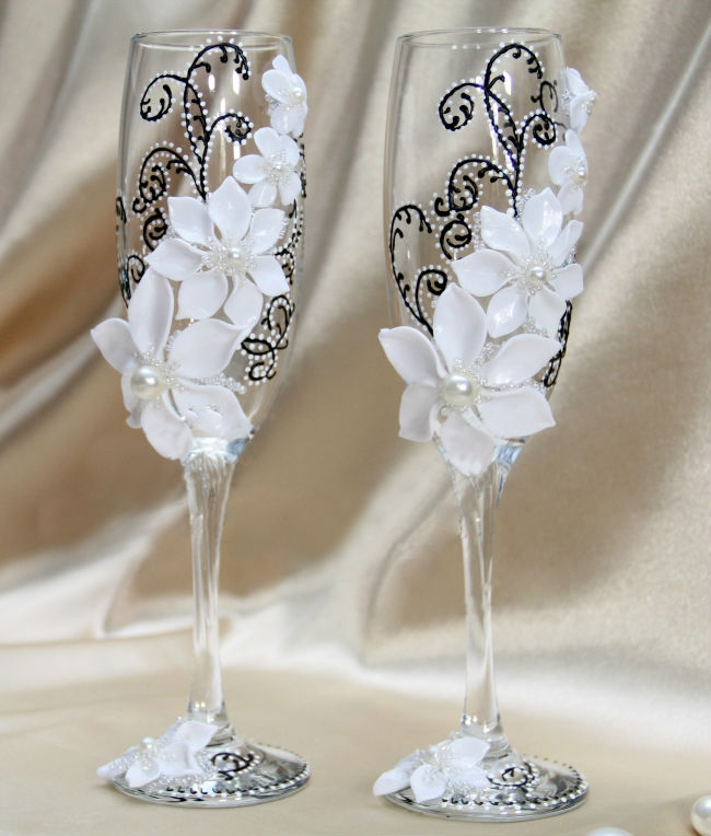 как украсить бокалы на свадьбу