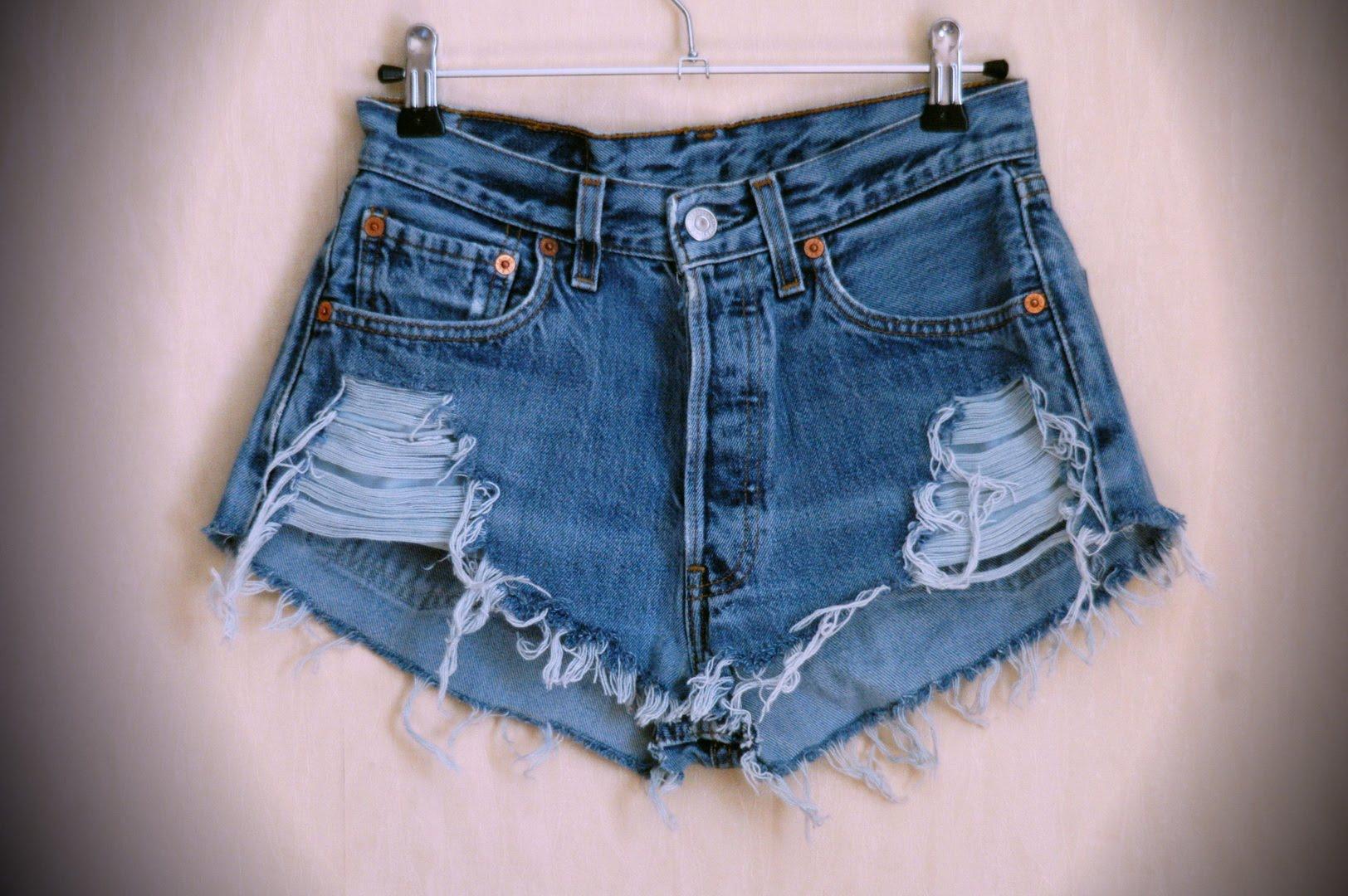 Как сделать из джинс модные рваные джинсы своими руками